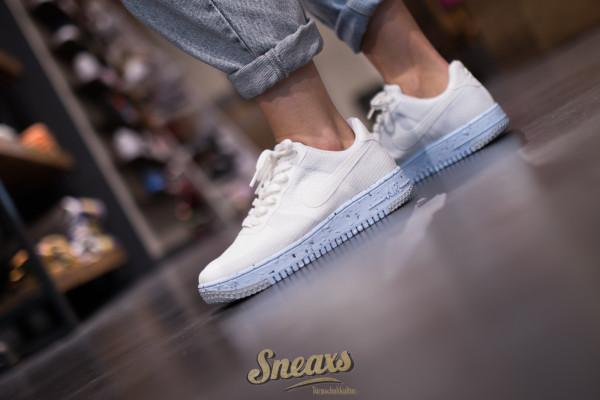 NIKE WMNS AIR FORCE 1 CRATER FLYKNIT (DC7273-100)