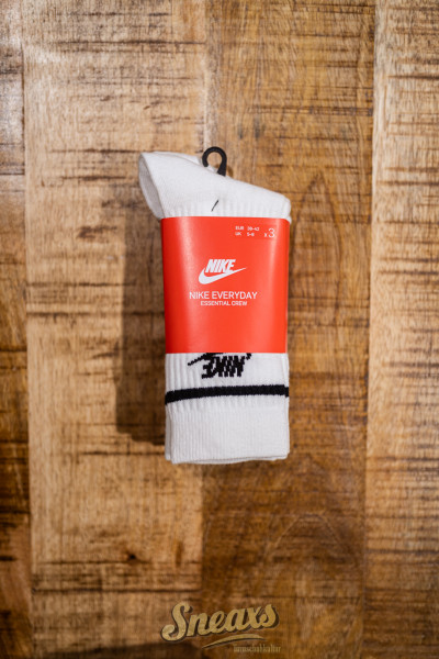 NIKE CREW ESSENTIAL STRIPE SOCKS 3-PACK (CQ0301-103)