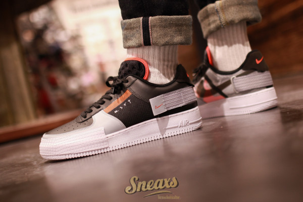 NIKE AIR FORCE 1 TYPE (CQ2344-001)