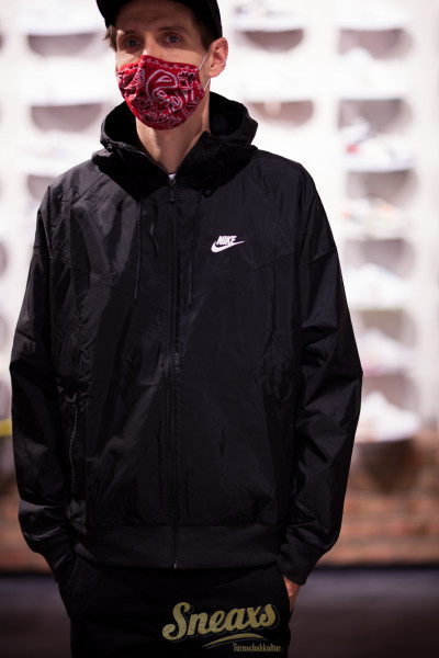 NIKE NSW WINDRUNNER JACKET (AR2191-010)