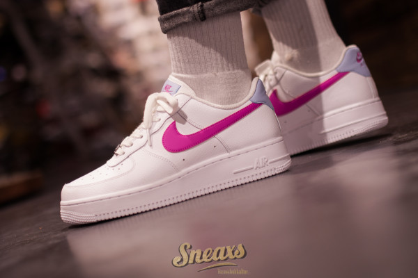 NIKE WMNS AIR FORCE 1 '07 (CT4328-101)