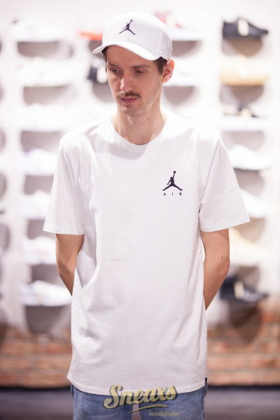 NIKE AIR JUMPMAN EMBROIDERED TEE (AH5296-100)
