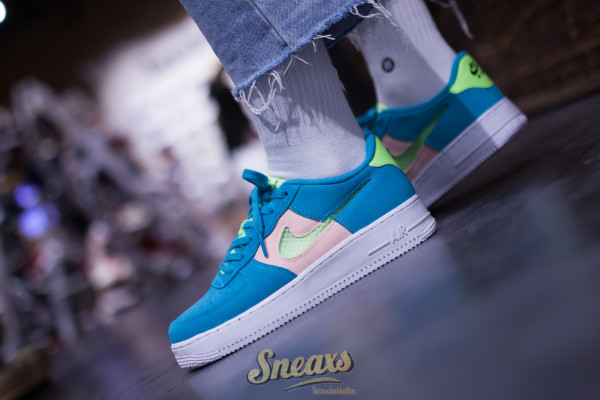 NIKE AIR FORCE 1 LV8 (GS) (CJ4093-300)